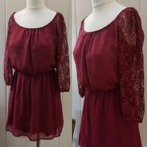 Speechless | L burgundy cinch waist lace 3/4 sleev
